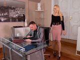 No le gusta que su marido haga compras sin su permiso - Casadas