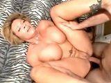 Madura tetona amateur graba su primer vídeo porno casero