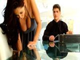 Seduce al abogado de su divorcio para conseguir trato de favor
