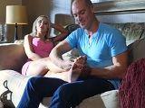 Primero le doy un masaje y luego nos ponemos calientes - Madres Putas