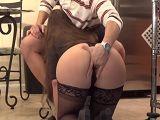 La empleada del hogar viene con ganas de follarme - HD