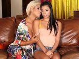 Bridgette B y Gina Valentina en un lesbico muy bestia! - Españolas
