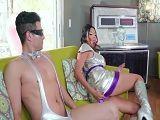 Menuda fiesta futurista, aquí todos acaban follando duro - Sexo Duro